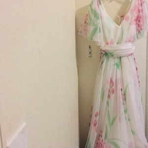 Dresses & Skirts - Vintage 70s floral print dress